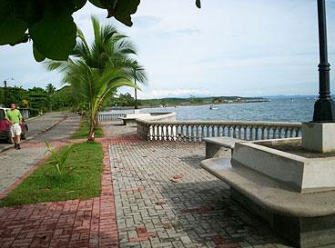 promenade puerto jimenez osa peninsula