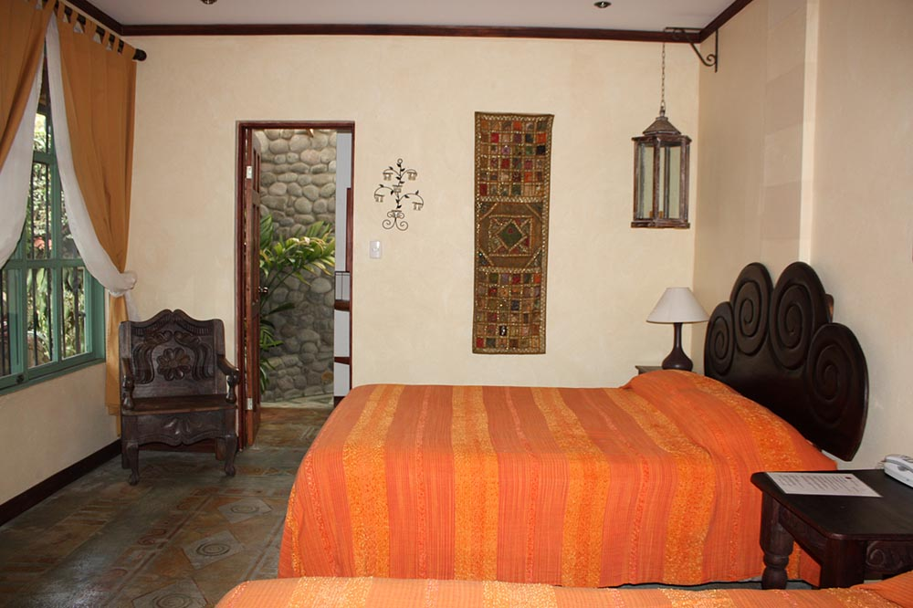 Tierra Magica Bed  Breakfast Queen Room